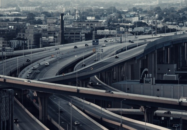 Image of cars on a multi-lane motorway, where automatic incident detection would be require to improve traffic flow and enhance safety.