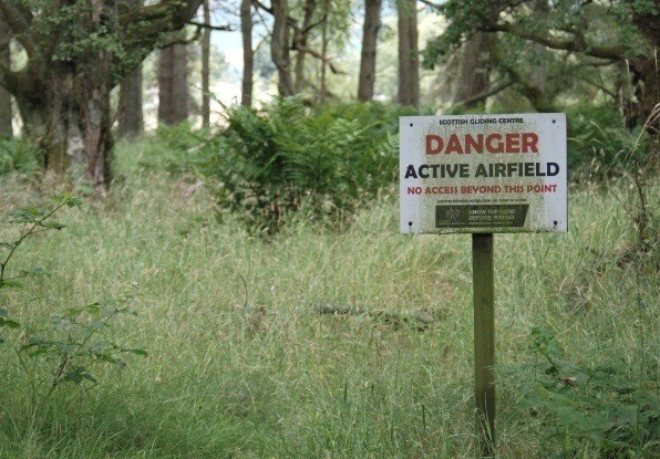 Image of Danger - active airfield sign